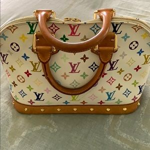 AUTHENTIC USED LOUIS VUITTON LIMITED EDITION 🌹